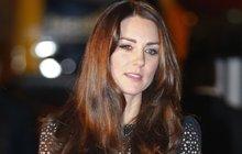 Britská vévodkyně Kate je stále sama: Proč jsou s Williamem od sebe?