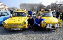 V plastikovém vozítku minulé éry zdolali dobrodruzi Jižní Ameriku! Trabant za 200 tisíc!
