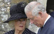Pedofilní skandál jako hrom: Camilla v šoku,  Charles v hledáčku policie!