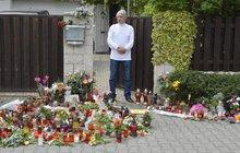 Tomu neuvěříte! Rychtář se v Uhříněvsi postavil mezi svíčky a čekal na kondolence!