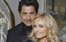 Konečně se dočkala! Slovenská topmodelka Adriana Sklenaříková (46) porodila holčičku! S manželem Aramem Ohanianem (62) se o potomka snažila dlouhých šest let. Holčička dostala jméno Nina.