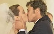 Angelina Jolie a Brad Pitt: Šok z neplatné svatby!