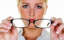 Škrty v úhradách: Postihnou diabetiky a lidi s brýlemi