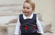 George jakoby otci z oka vypadl: Jak se vám ale pozdává ten svetřík?