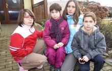 Mladá rodina na kolenou: Přišli jsme odům a platíme lichvářům!
