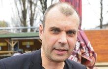 Hvězda Ordinace Petr Rychlý (49): Má novou bokovku!