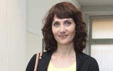 Bolestivá zpověď Ester Janečkové (42) o tom, jak musela porodit mrtvé miminko: Najednou jsem měla prázdné břicho…