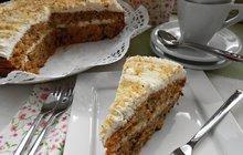 Netradiční pochoutka: Velikonoční mrkvový dort podle Evy Přecechtělové