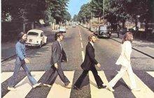 Před 45 lety se rozpadli Beatles: Byli slavnější než Ježíš... A to neuměli noty a Lennon nesnášel svůj hlas!
