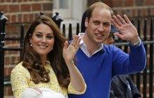 Princeznička Kate a Williama už je módní ikonou: Její zavinovačka zmizela z obchodů během pár hodin!