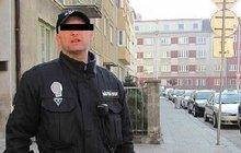 V uniformě strážníka zastřelil v Přerově na ulici Michala (†23) a teď... Zmlátil manželku a podřezal si žíly!