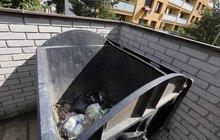 Tělíčko miminka bylo zabalené v igelitce: Mrtvé dítě hodili do kontejneru! Byla to vražda?