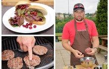 Vaříme cvalem s Michalem: Kuchař Michal miluje hamburgery. Použil ale tentokrát zvěřinu! Vyzkoušejte jeho kančí hamburger!