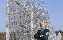 Plot jako z koncentráku! To je bulharská odpověď uprchlíkům