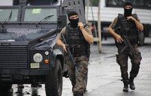 Tureckem otřásla vlna teroristických útoků: Islamisté vraždí vojáky i policisty!