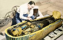Nadržená mumie aneb další posmrtné tajemství faraona Tutanchamona: Posmrtná erekce!
