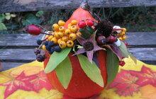 Zářivá zahradní dekorace od Jitky (52) ze Strakonic: Podzimní váza z dýně!