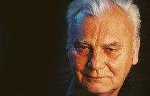 Petr Haničinec (†77) by dnes slavil 85. narozeniny: Na jeho hrobě se kradlo!