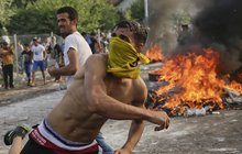Uprchlíci před branami Maďarska: Tohle už je válka!
