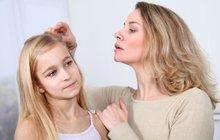 3 velké školní nástrahy: Vaše děti může potrápit špatný zrak i vši!