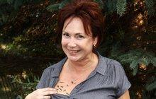 Hvězda Ulice Ilona Svobodová je ztetovaná jako teenagerka! V dekoltu se jí zahnízdili ptáci!