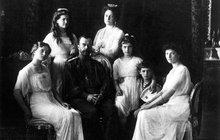 Rusové  exhumovali tělo cara! Kvůli brutální bolševické popravě