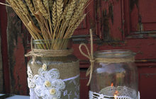 Jana (52) z Hradce Králové kouzlila se zavařovačkami: Toto je váza nejen na suché květy!