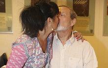 Zamilovaný Frej: Líbačka na veřejnosti!