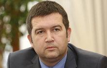 O ministerstvo obrany prý ČSSD usilovat nebude. Řekl to na Primě šéf strany Jan Hamáček (39).