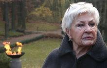 Legendární hlasatelka Kamila Moučková (87) v slzách! Pohřbila kamarádku!