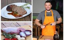 Vaříme cvalem s Michalem: Šéfkuchař Michal prozradil recept na svou specialitu! Zkuste hovězí maso na kávě...