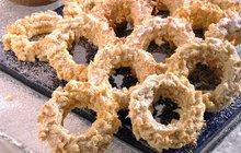 Pečeme na Vánoce s cukrářem Honzou: Křupavá kolečka jsou vhodná i pro diabetiky!