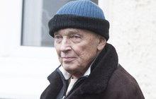 Gottovo (76) zázračné uzdravení! Kdy se mu vrátí vlasy?