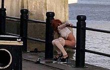 Když musíš tak musíš: Frajerka už přes most nedoběhla!