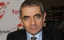 Působí vitálněji, než kdy předtím. Vždyť Rowan Atkinson (62) právě natáčí třetí díl Johnnyho Englishe, v divadle je opět legendárním Mr. Beanem a brzy se navíc stane tátou!