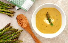 Sezóna chřestu je v plném proudu: Vyzkoušejte krémovou polévku!