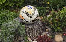 Zahradní dekorace od Jany z Hradce Králové: Jak se dělá mozaika?