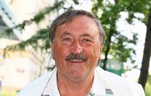 Legendární Antonín Panenka 40 let po své zlaté penaltě: Kluci, zvládnete to!