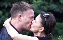 Co prozradila nemanželská líbačka? Rozvod po 17 letech!