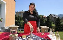 Čarodějka Evelyn (30) z Děčína připravila exkluzivně pro čtenářky Aha! pro ženy zajímavá kouzla: Umí i magický rituál se zlatem!