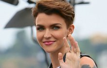 Australanka Ruby Rose (30): Bude příští Bond Girl pokérovaná lesbička?!