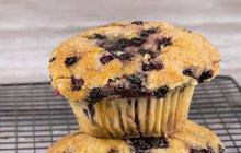 Letní ostružinování: Vyzkoušejte sladké ovocné muffiny!