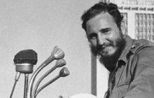 Fidel Castro 9 křížků na krku!