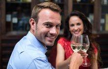 Alkohol dokáže zachránit vaše manželství!