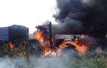 Požár traktoru spolk milion!