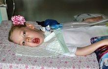 Sáře dávali pár měsíců života: Už je jí 11 let!