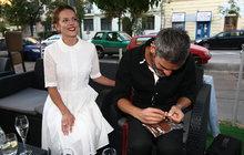 Láska týdne: Kerestešová povzbuzuje manžela i při balení cigaret!
