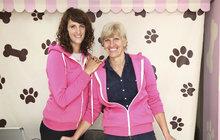 Denisa (24) s maminkou Hanou (52) přišly o práci a založily psí pekárnu: Psi potřebují stravu bez chemie!