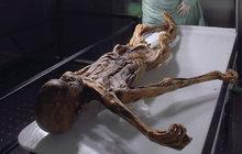 Jak zemřel Ötzi? Záhada nejstarší evropské mumie rozluštěna!