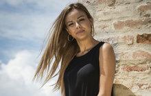 Zpěvačka Monika Bagárová stále ještě nepotkala toho pravého muže pro společný život. Chvíli to vypadalo, že by jím mohl být bubeník Dávid Hodek (20). Jenže jejich vztah už je minulostí.